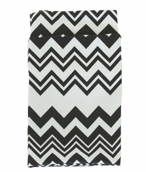 Black & White Zig Zag Lined Napkin web