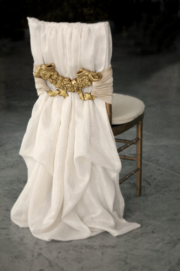 Gold Rose Interlace
