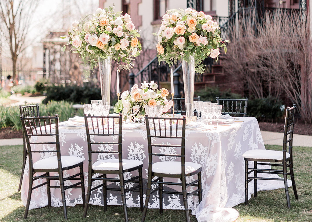 White Lace And Linen Inspiration For An Outdoor Wedding Nuage