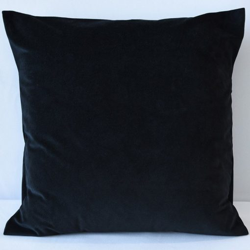 black-velluto-pillow